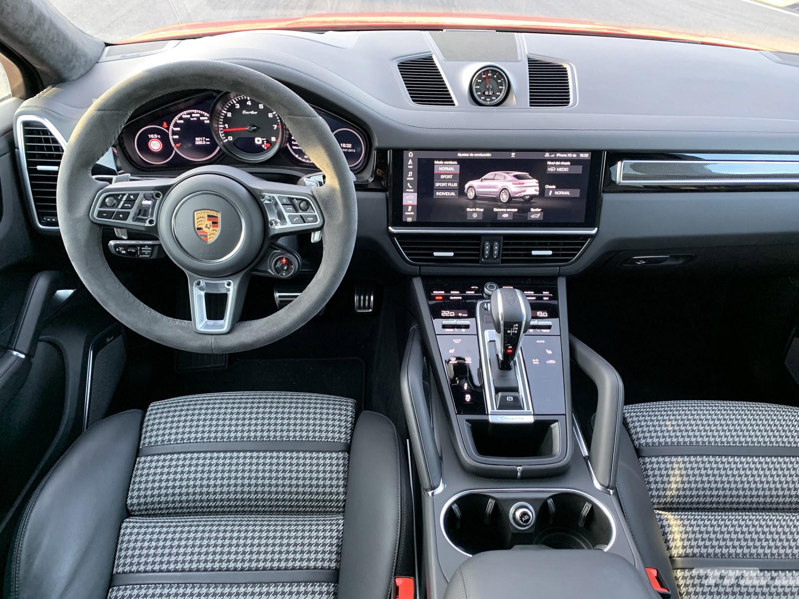 Foto de Porsche Cayenne Coupé Turbo (prueba) (30/42)