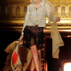 Foto 10 de 16 de la galería john-galliano-primavera-verano-2011-en-la-semana-de-la-moda-de-paris en Trendencias