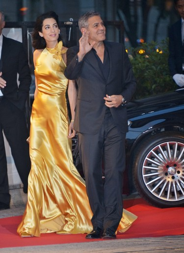 ¿Están los Clooney embarazados?