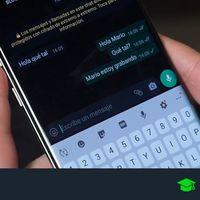 Cómo saber quién te escribe en WhatsApp sin tener que mirar el móvil