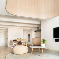 Pape loft, una antigua iglesia transformada en un sorprendente loft minimalista que resulta inspirador
