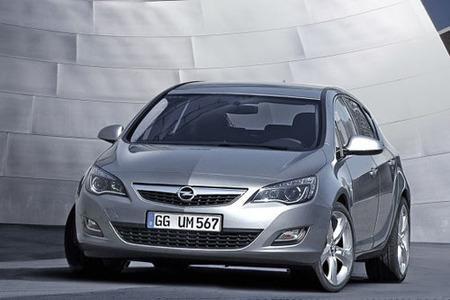 Opel Astra 2010, más información y nuevas recreaciones digitales