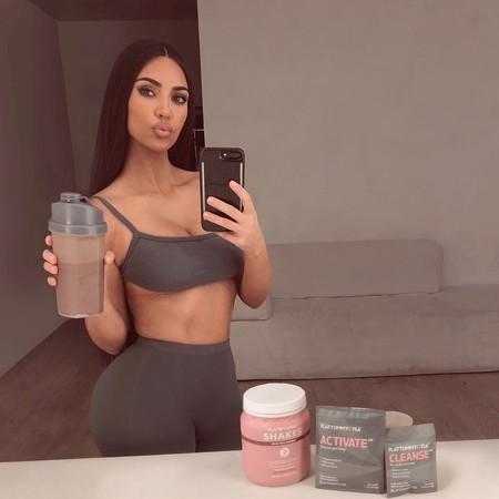 Los batidos para perder peso que promocionan las Kardashian: cuáles son sus ingredientes y, ¿de verdad funcionan?