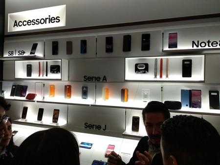 Samsung Experience Store Accesorios