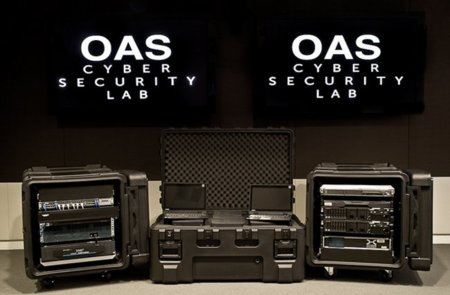 La OEA presenta su laboratorio móvil de simulación de ciberataques