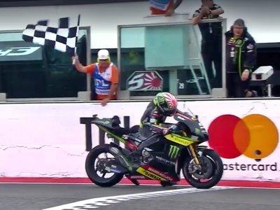 El pundonor de Johann Zarco: arrastró 300 metros su Yamaha sin gasolina hasta la meta para acabar 15º