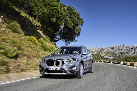 El BMW X1 estrena una versión híbrida enchufable en medio de un sutil restyling