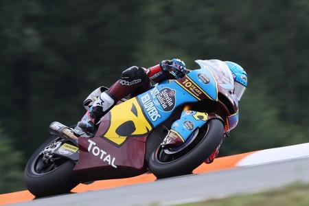 Álex Márquez da un hachazo en el mundial de Moto2 tras una victoria sin competencia en Brno