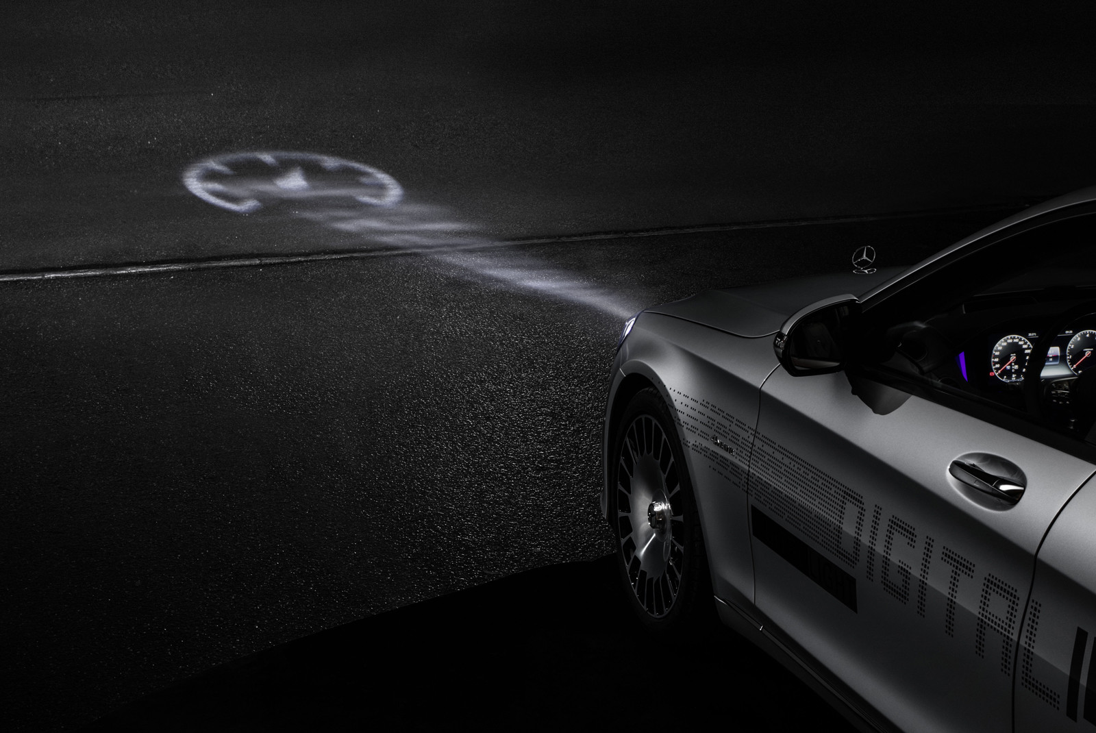 Foto de DIGITAL LIGHT de Mercedes-Benz (3/9)