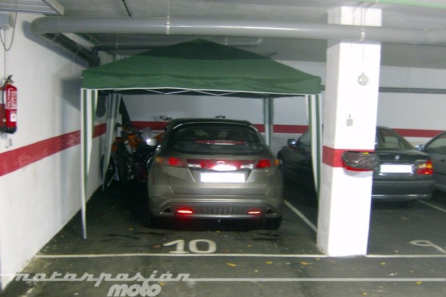 Plataformas para aparcar la moto en garajes - Garajes para coches ...