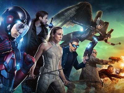 'Legends of Tomorrow' arranca fuerte, los estrenos de Netflix hasta agosto y más en Edición USA