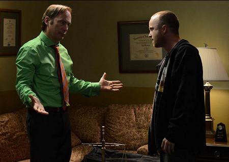 Saul Goodman tranquiliza  a Jesse Pinkman