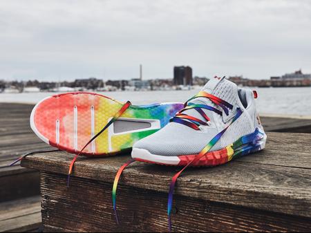 Tus zapatillas se llenan de Orgullo con la edición especial HOVR SLK Colorway de Under Armour