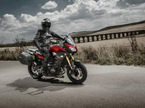 Yamaha MT-09 Tracer, los datos y las fotos de la esperada