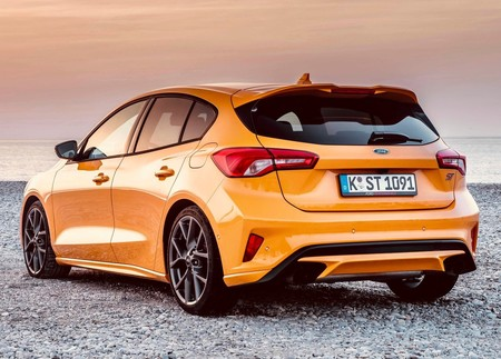 Ford Focus St 2020 1600 43