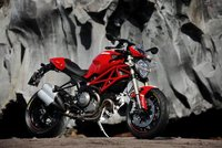 Ducati Monster 1100 EVO galería, vídeo y datos oficiales