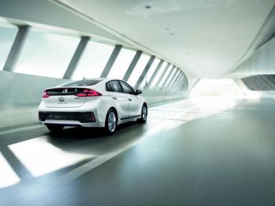 El Hyundai Ioniq apunta a los 250 kms de autonomía en su versión 100% eléctrica