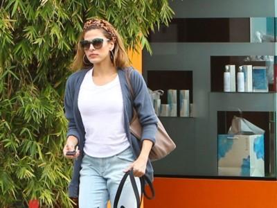 Eva Mendes ya luce EL complemento del verano