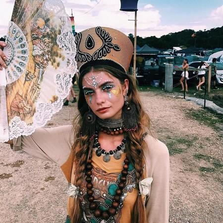 La pedrería se convierte en la tendencia más viral de Coachella y cubre la cara de todas las influencers