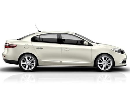 Renault Fluence 2013 1024 05