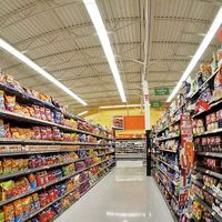 Walmart usa la inteligencia artificial para vigilar 1.000 tiendas y evitar perder millones de dólares en robos y errores de cobro