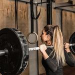 Sentadilla sumo para trabajar glúteos y piernas: cómo hacerla de forma correcta y cuáles son sus beneficios