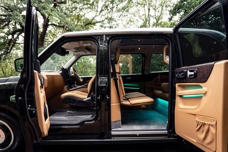 El taxi más caro de Londres es un coche eléctrico de rango extendido a todo lujo: desde una PlayStation a Apple TV