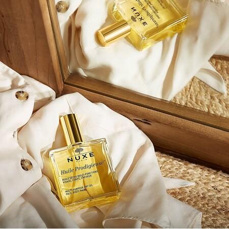 Estos aceites corporales no dan ninguna pereza usarlos porque se absorben genial y tienen un aroma tan rico que no necesitarás usar perfume