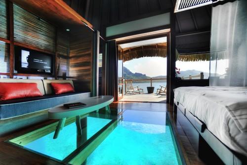 Déjate mecer por las olas: nueve hoteles para dormir sobre el mar