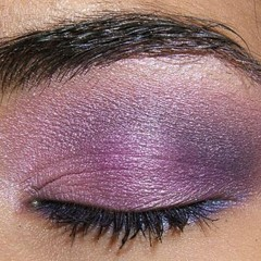 Foto 2 de 8 de la galería look-de-fiesta-ojos-en-rosa-y-morado en Trendencias