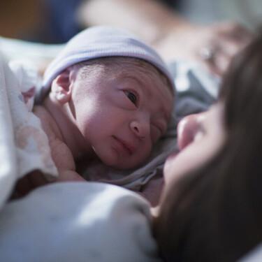 Oxitocina: la hormona del amor juega un papel fundamental en el parto y la lactancia