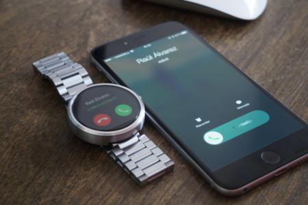 725102fe98b0 ¿Conectar un reloj Android Wear a un iPhone  Aquí te explicamos cómo hacerlo