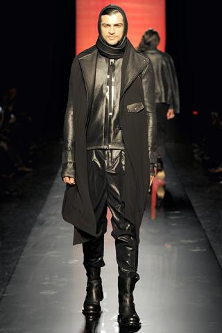Foto de Jean Paul Gaultier Otoño-Invierno 2011/2012 en la Semana de la Moda de Paris (10/40)