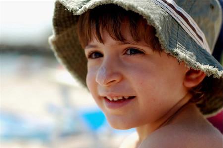 Con el sol no se juega: no bajes la guardia en la protección a tus hijos frente a los rayos UV