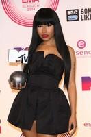 La alfombra roja de los MTV EMAs... y los mil y un modelazos de Nicki Minaj