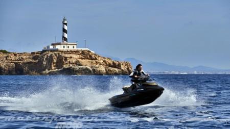 Nos lanzamos al agua con tres demonios: Sea-Doo RXT-X, RXP-X y GTX Limited 300