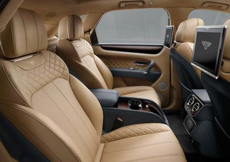 Bentley Bentayga 2016 800x600 Wallpaper 11