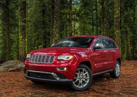Mejor prevenir que lamentar, Fiat Chrysler llama a revisión a 1.4 millones de autos por el hackeo hecho a un Jeep