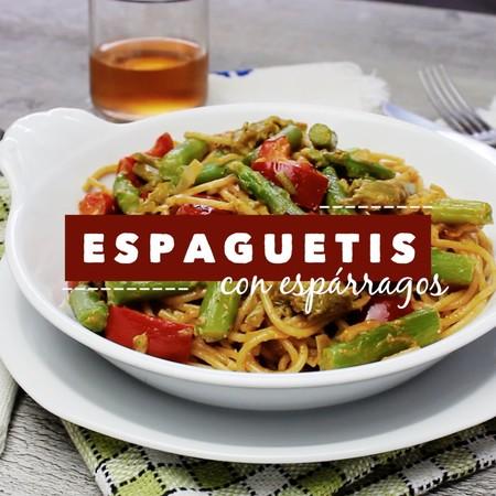 Espaguetis integrales con espárragos. Receta en video