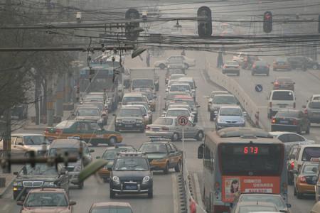 China va detrás de limitar la propiedad de los coches a 10 años