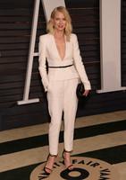 Naomi Watts, lección de elegancia