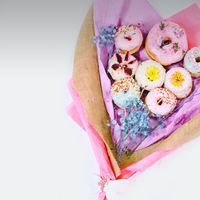 Esta empresa no quiere que regales flores por San Valentín, quiere que regales donuts