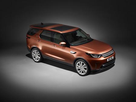 Land Rover Discovery 2017: siete plazas que puedes poner del revés con tu móvil