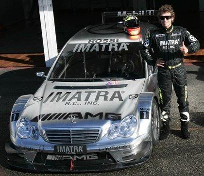 Rossi prueba el AMG del DTM