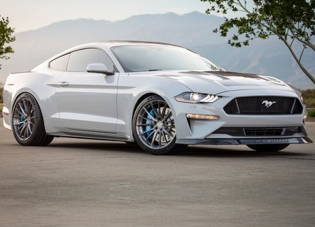 Ford Mustang Lithium Concept 2019 1600 03