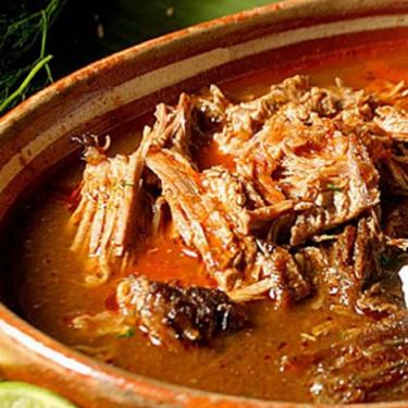 Birria tradicional estilo Tlaquepaque. Receta mexicana curacrudas