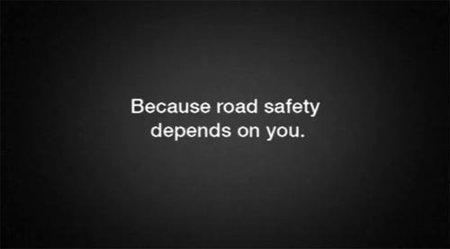 Conduce con cuidado porque la seguridad vial depende mucho de ti