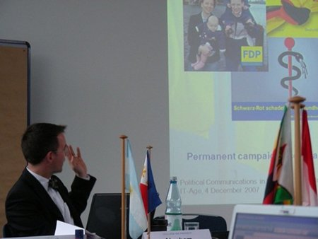 """Cesado en Alemania el primer """"topo de la embajada"""" descubierto por WikiLeaks"""