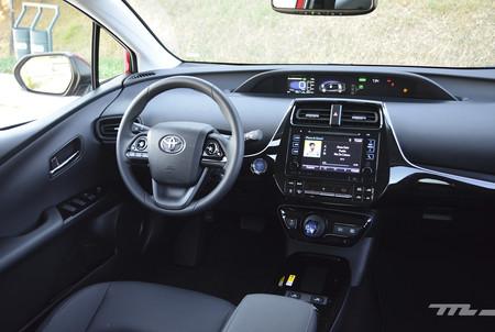 Toyota Prius 2019 10