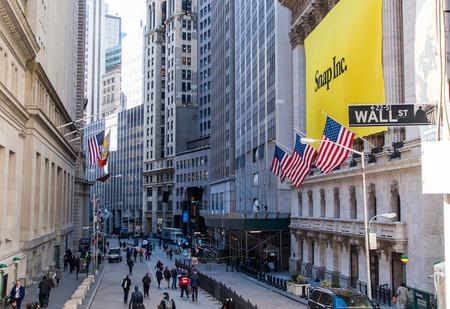 Snapchat anuncia pérdidas millonarias y sus acciones se desploman, ¿es posible la remontada?